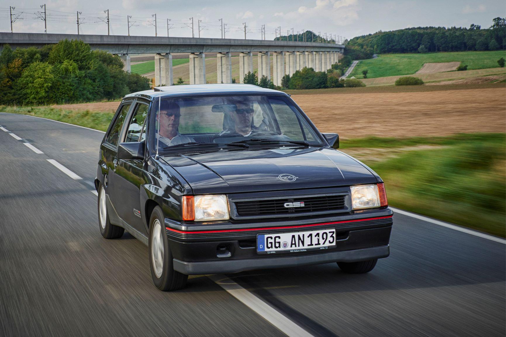 Opel-Corsa-GSi-504890