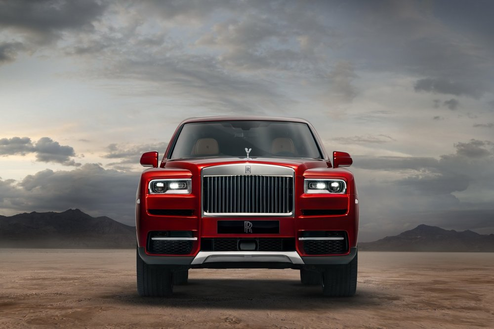 "Rolls-Royce Cullinan ""Black Badge"""