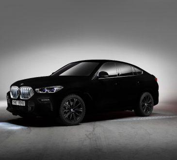 BMW X6 ofarban u Vantablack boju