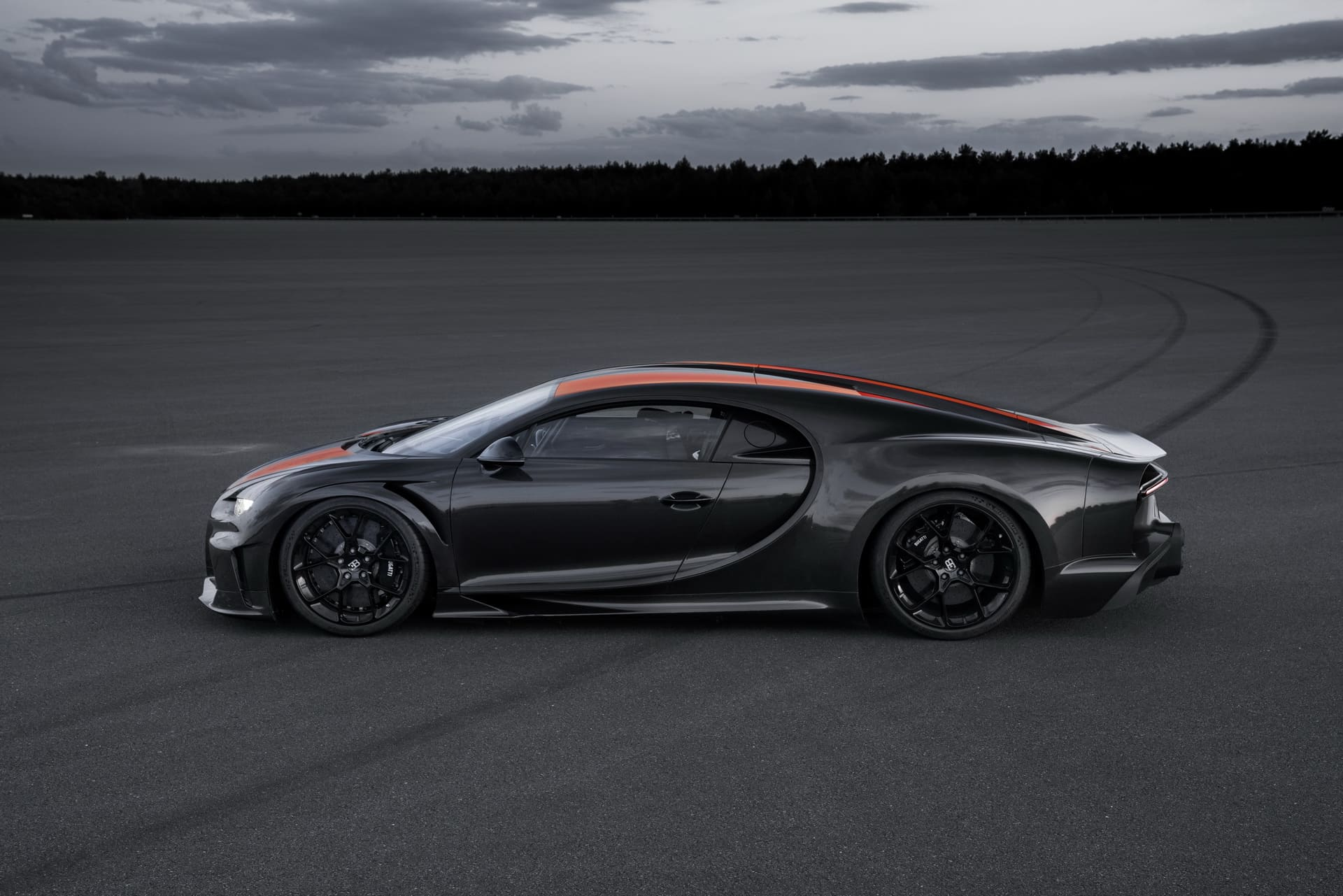 Bugatti Chiron - top speed run