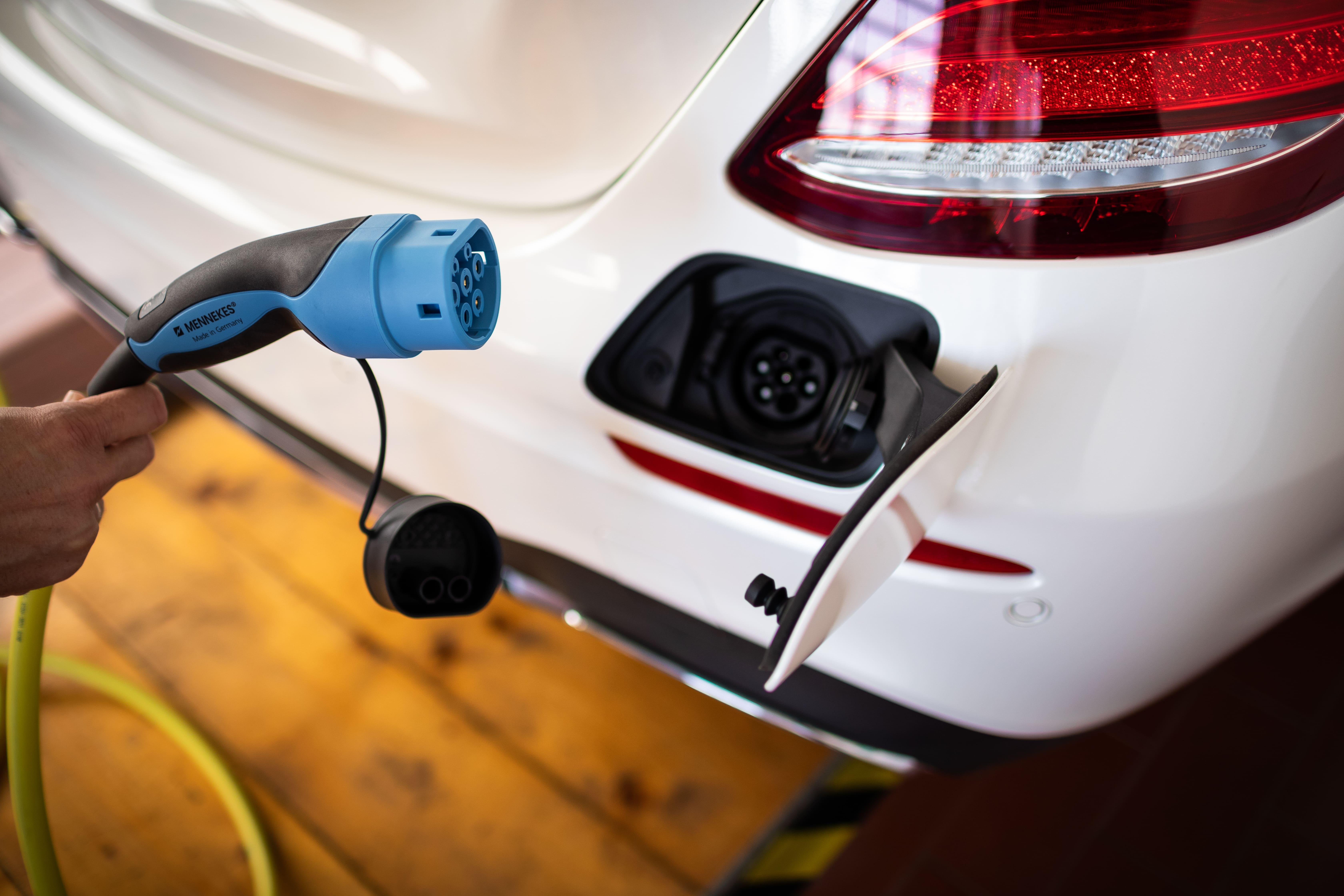 Mercedes-Benz E300de Plug-in Hibrid