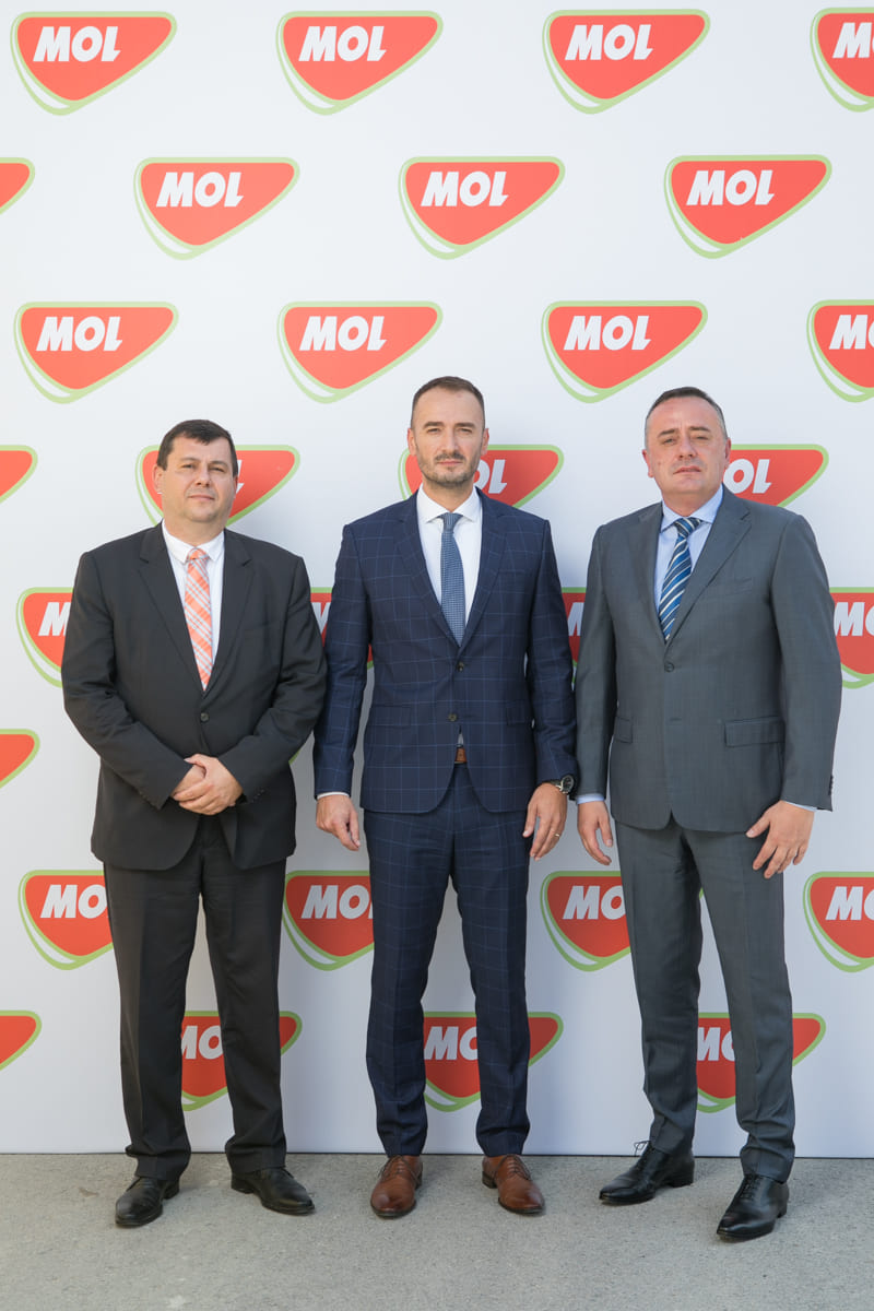 Ministar-rudarstva-i-energetike-Aleksandar-Antić-direktor-MOL-Serbia-Ante-Aralica-i-ambasador-Mađar.jpg