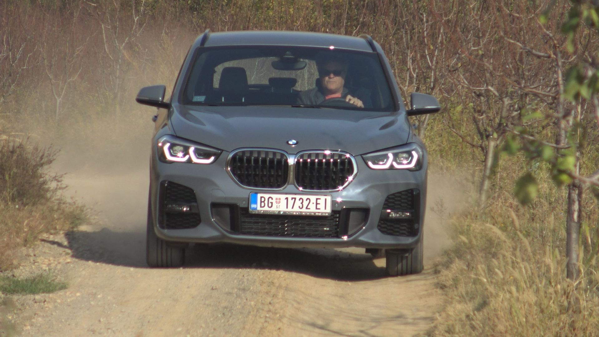 1002. emisija Vrele Gume -BMW x1