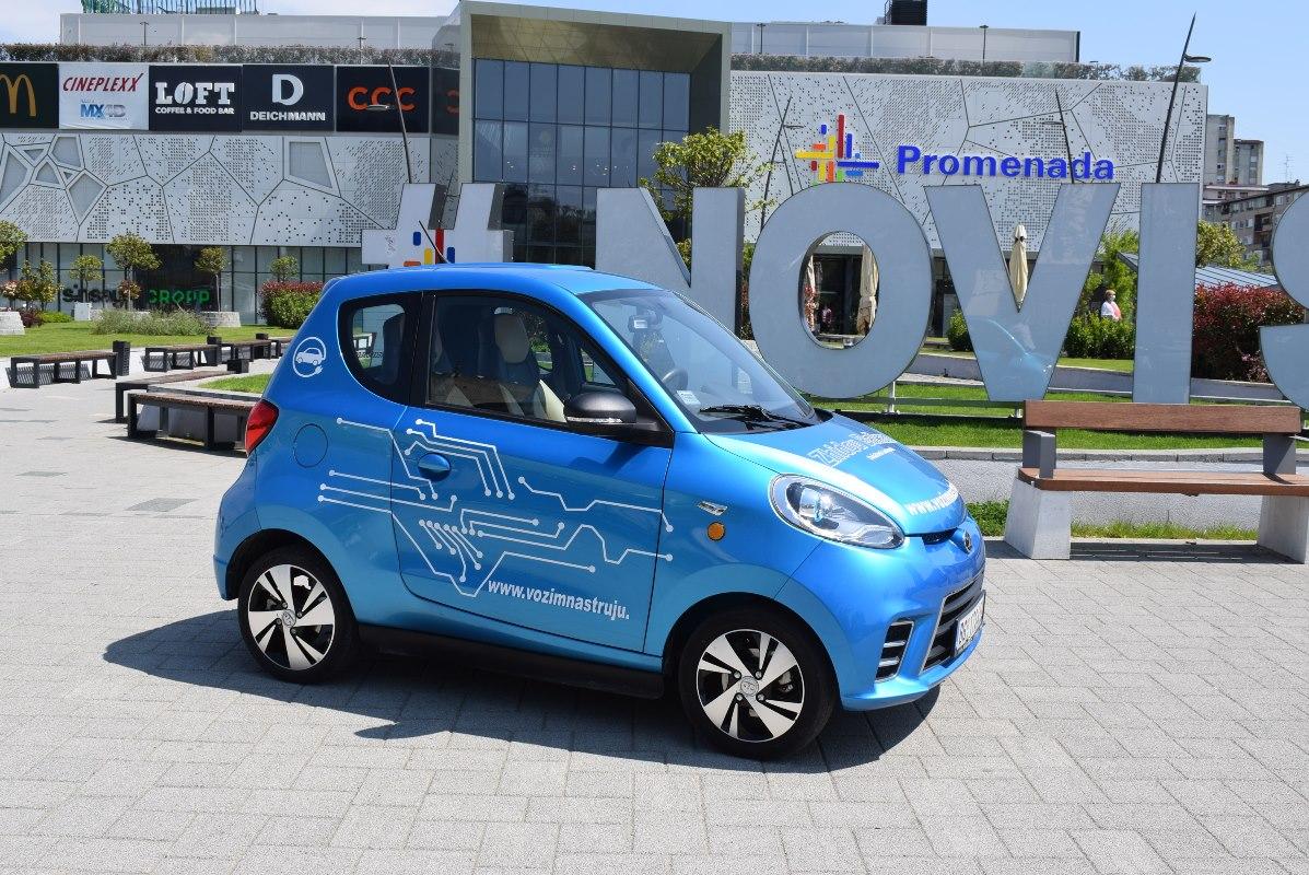 Zhi-Dou električni automobil