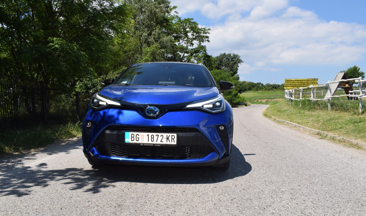 Toyota CH-R Hibrid